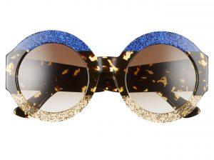 แว่นกันแดด ColorBlock แบบ Oversized จาก Gucci ราคา 19,980 บาท